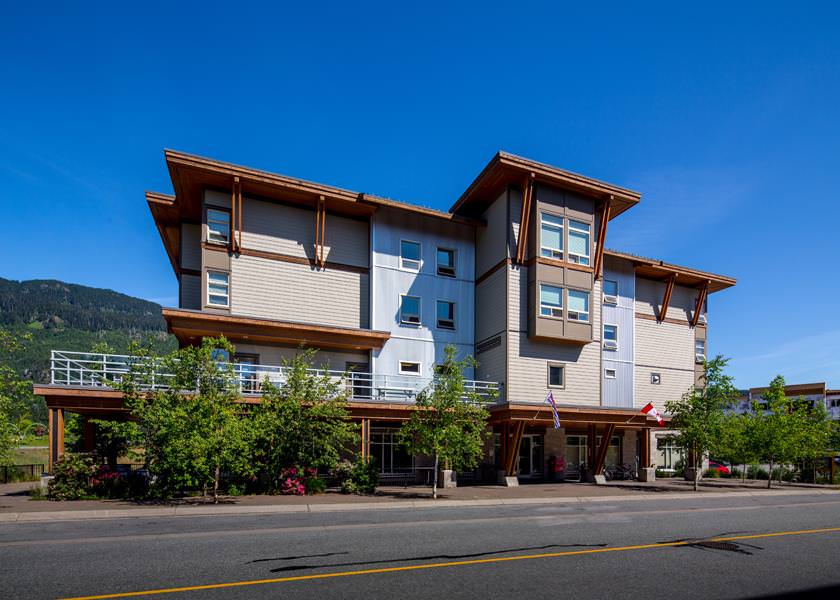 HI Whistler Backpackers | Book Direct for Best Rate